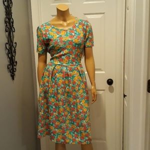 Brand new La LaRue floral dress Amelia large